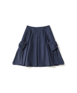 Side ribbon skirt