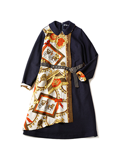 Lady's carriage balancia scarf dress