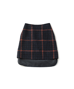 Roving check field skirt