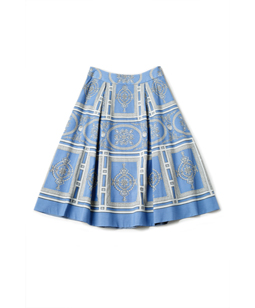 Decoration Wall tuck flare skirt