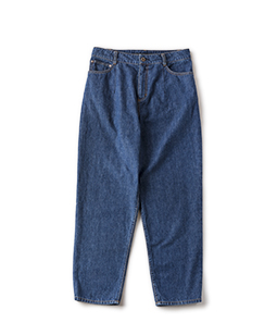 Light denim tapered pants